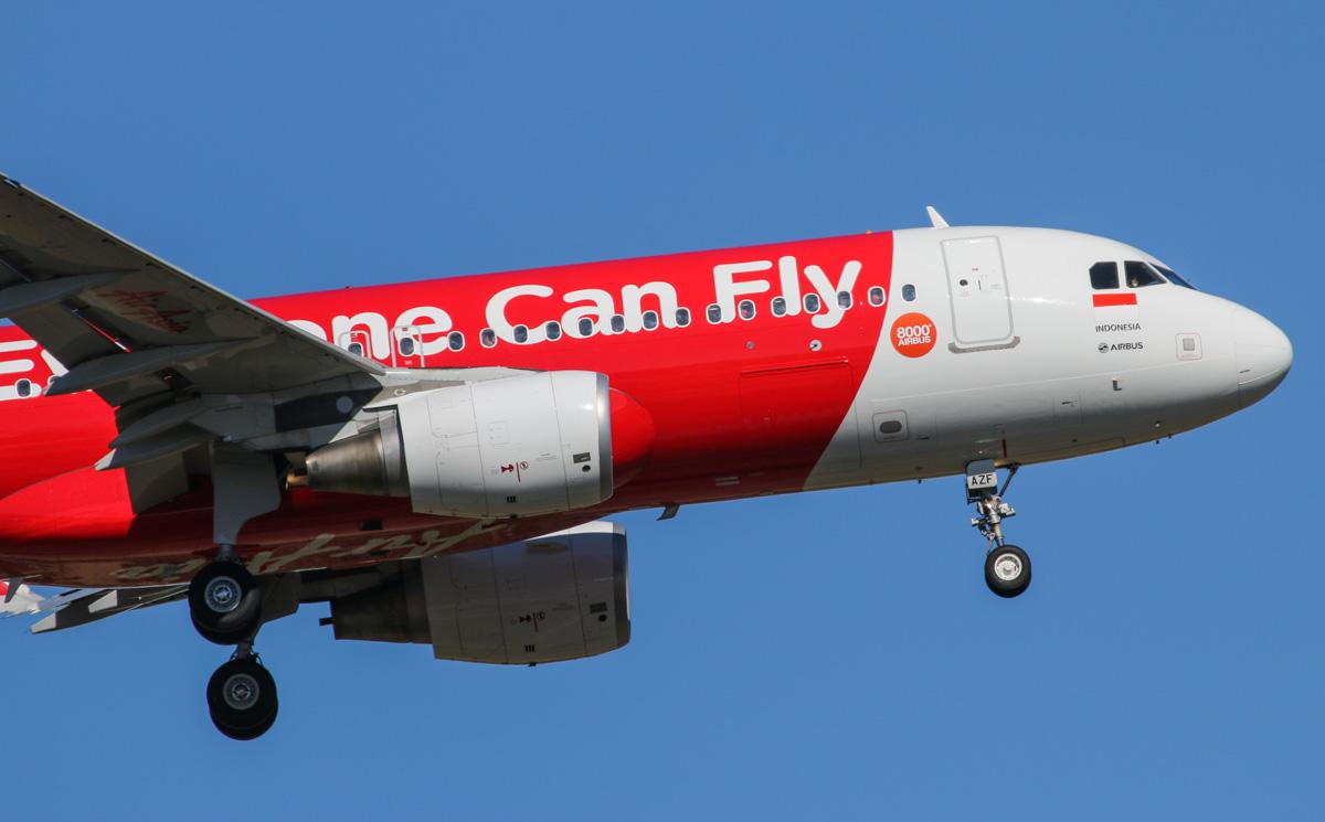 Resultado de imagen para 8,000 A320 AirAsia