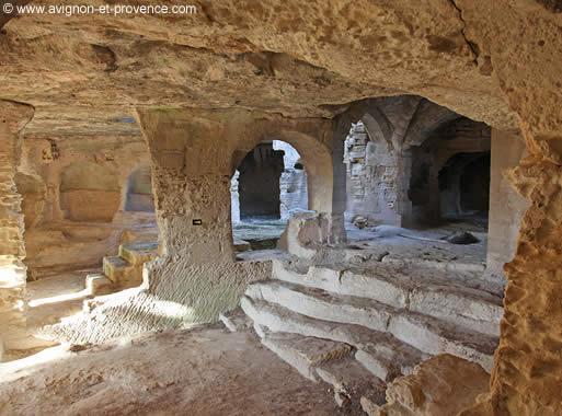 LAbbaye Troglodyte De Saint Roman Avignon Et Provence