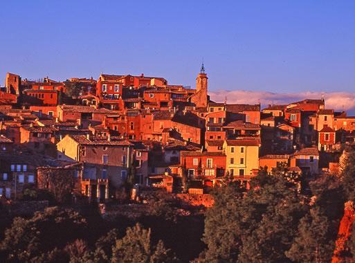 Visitez Roussillon 84 Photos Et Carte De Roussillon