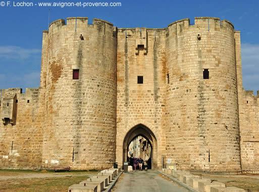 Tourisme Aigues Mortes En Camargue Avignon Et Provence