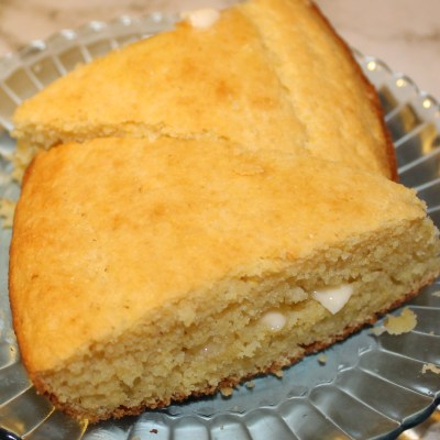 CORN BREAD CRUMBLES