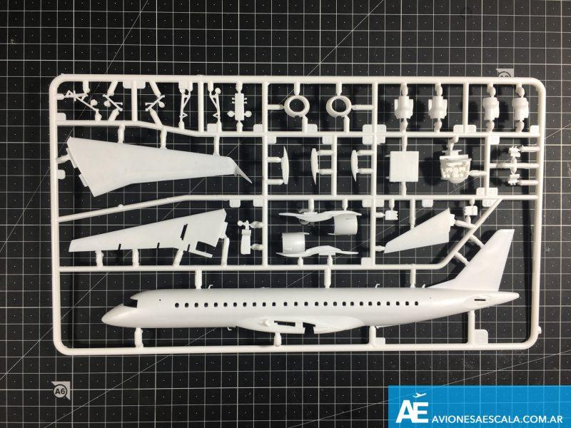 Embraer190_revell_12