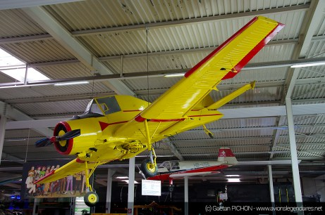 Let Z-37 Cmelak