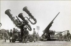 Détecteur acoustique et canon AA - Fin années 1930