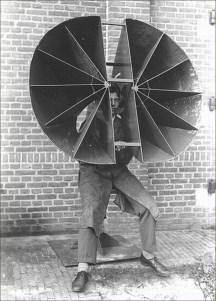 (4) Détecteur acoustique deVan Soest