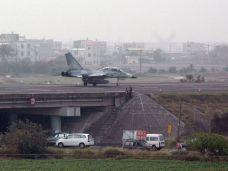 Taiwan-Jet-Freeway