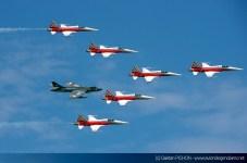 AIR14-Payerne-F-5-Hunter