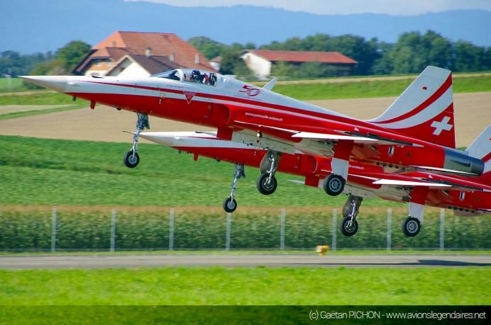 AIR14-Payerne-F5-Patrouille-Suisse-decollage