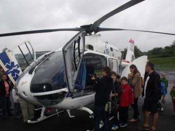 Toujours aussi attirant l'hélicoptère du SAMU.