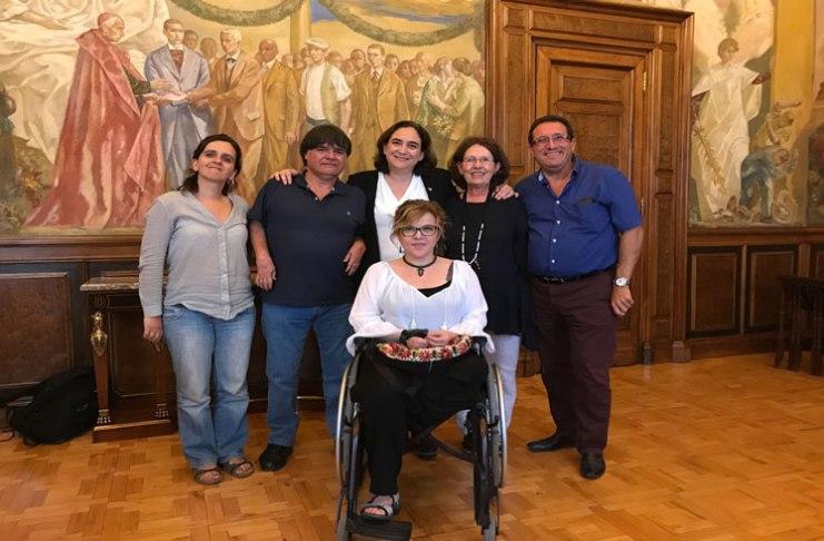 Resultado de búsqueda talidomida grünenthal Ada Colau se reúne con AVITE