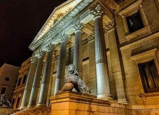 Resultado de búsqueda talidomida Grünenthal AVITE proyectará vídeo con aplausos al gobierno en fachada Congreso