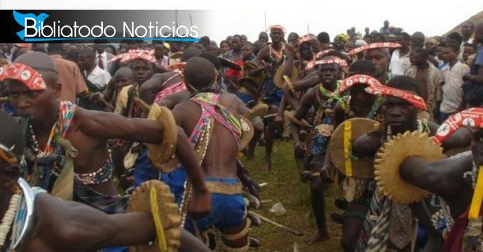 Hechiceros en Uganda están perdiendo terreno al propagarse exitosamente el Evangelio