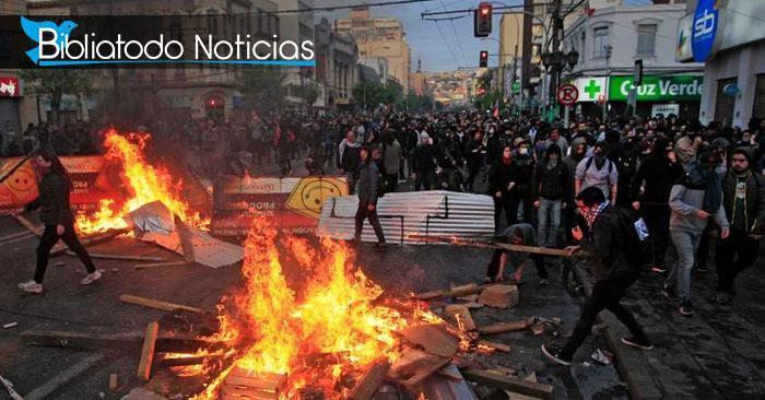 Foto de las fuertes protestas que se han generado en la nación de Chile