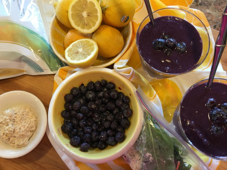 Blueberry Lemon Smoothie for two