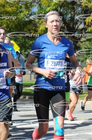 chicago-marathon-looking-determined
