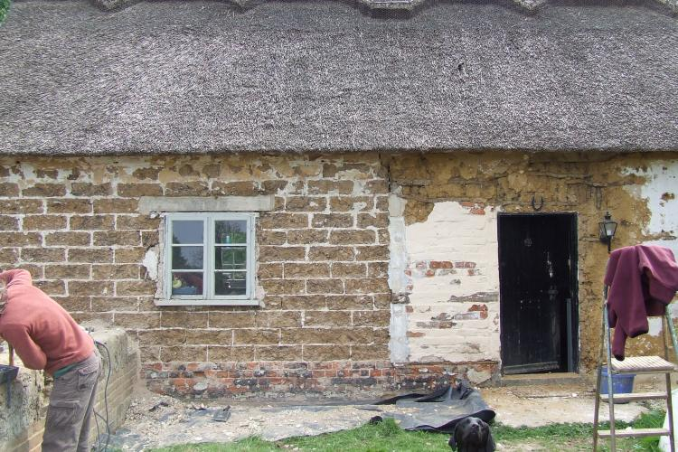 Cob house builders Dorset, Hampshire, New Forest