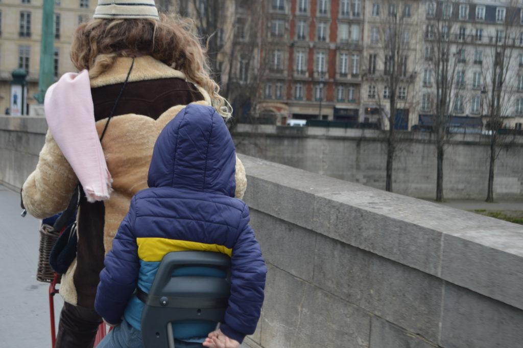 fietsen door Parijs met kinderen