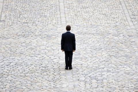 Sarkozy tout seul