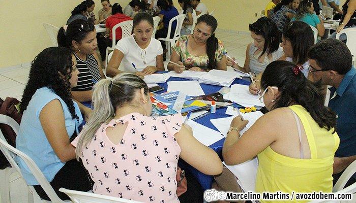 Secretaria de Educação de Itapiúna realiza reunião para escola do Livro Didático 2019