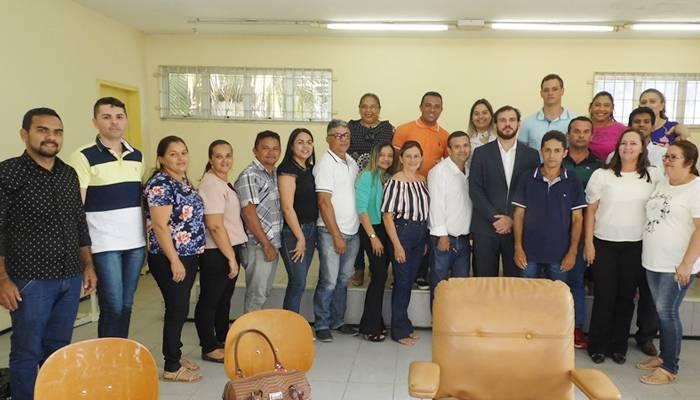 Candidatos ao cargo de Conselho Tutelar participam de reunião com o promotor de justiça e CMDCA em Itapiúna