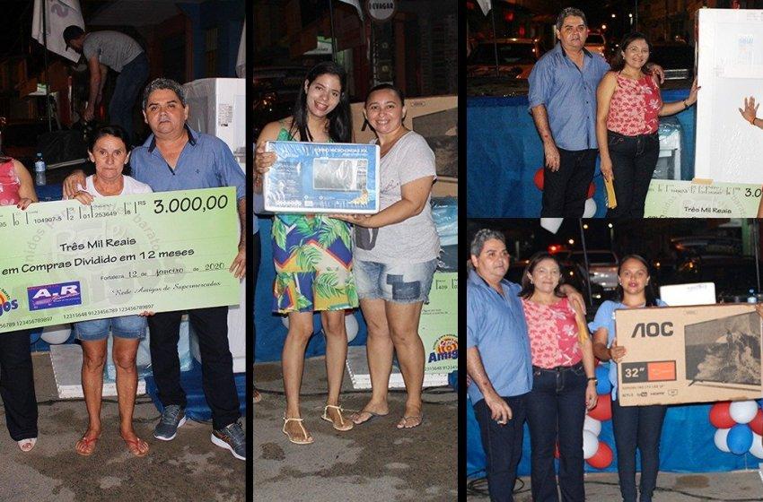 Supermercado A.R Santos realiza entrega dos prêmios  da campanha cultural