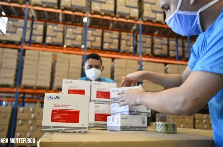 Governo do Ceará inicia distribuição de mais 150 mil testes rápidos