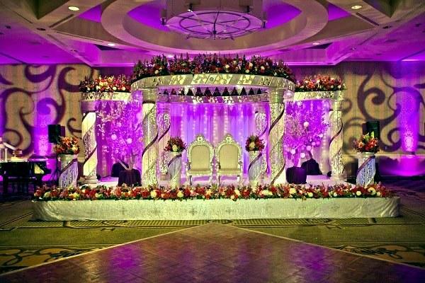 Beautiful Decorating Ideas For Extravagant Wedding