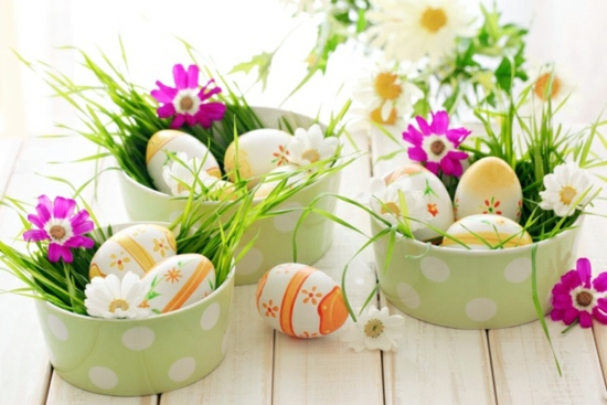 Easter decoration ideas with brightly painted and splendidly     Dekoideen   Easter decoration ideas with brightly painted and splendidly decorated  Easter eggs