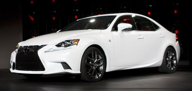 Lexus IS: prvič predstavljen letos v Detroitu.