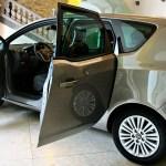Opel Meriva: tehnični in lepotni popravki
