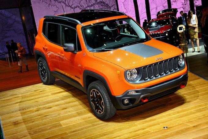 Ameriški Jeep je evropskim kupcem očitno zelo všeč, toda količina prodanih vozil ni zelo velika. Morda bo drugače ob pomoči tržno še nerojenega Renegada.
