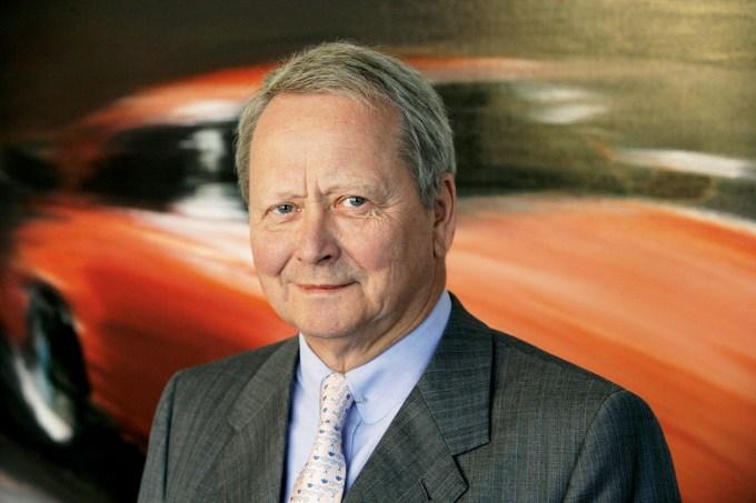 Wolfgang Porsche, bratranec Ferdinanda Piëcha, postaja v tej germanski avtomobilski 'žajfnici' vse pomembnejši.