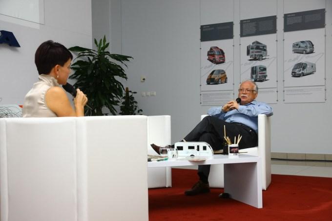 Georg Gedl: sproščeno in humorno o svoji karieri, dizajnu, Robertu Lešniku in še o marsičem.