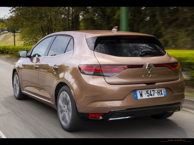 2020 - All New Renault MEGANE Hatchback - EDITION ONE LIMITED EDITION - Test drives (4)c