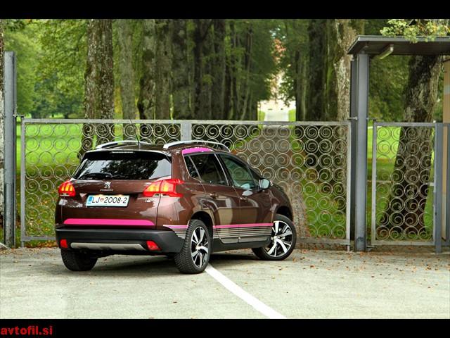 Peugeot_2008_16_eHDi_042a