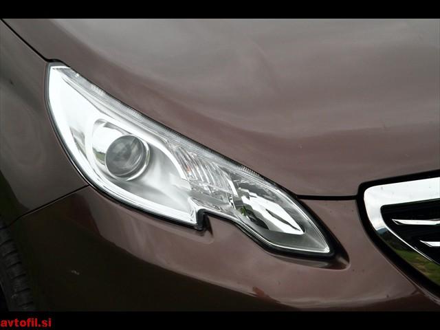 Peugeot_2008_16_eHDi_061