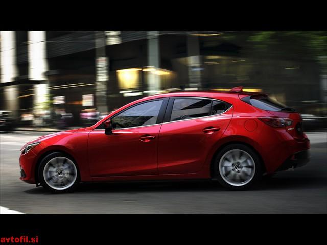 Mazda3_Hatchback_2013_action_02__jpg300c