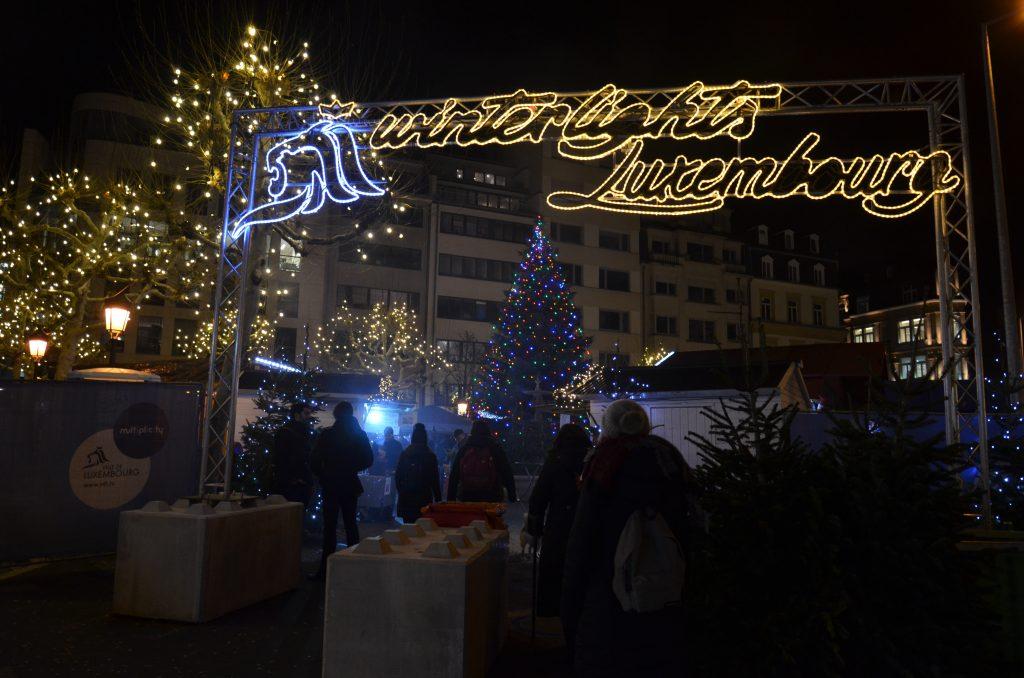 mercatini di Natale nella place de Paris