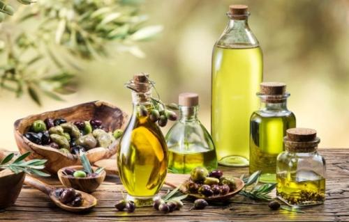 Olio d'oliva: parte la campagna