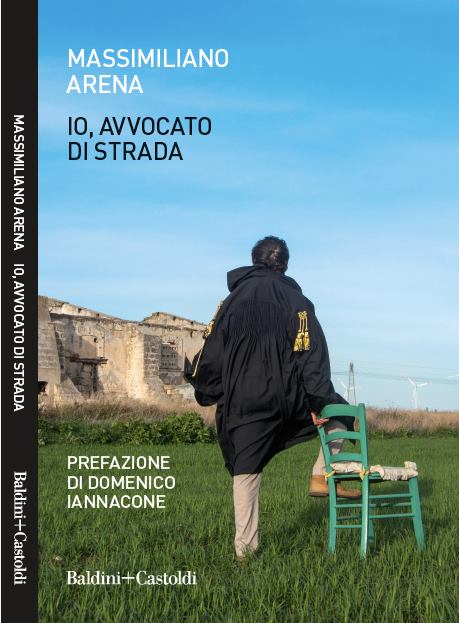 """In libreria """"Io, avvocato di strada"""" di Massimiliano Arena"""