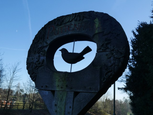 Puttenham sign