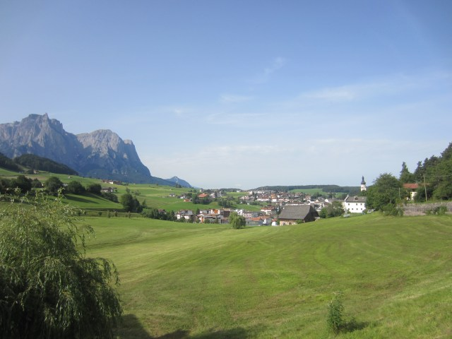 Looking back to Kastleruth