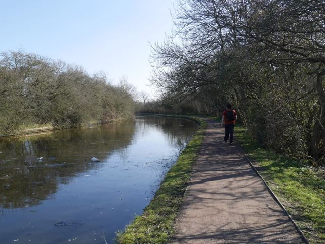 Back on the path by the canal