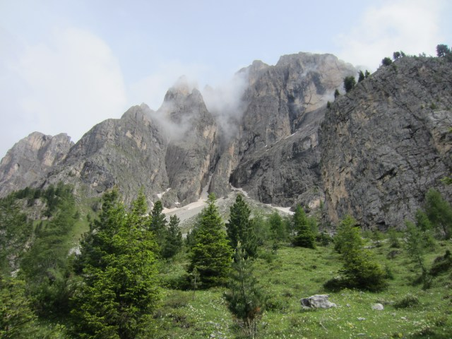 Sasplat /Plattkofel's cliffs