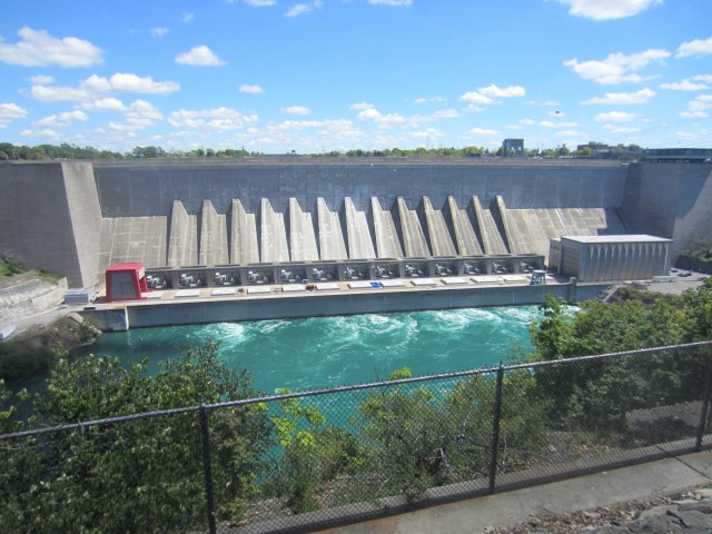 Huge hydro power station