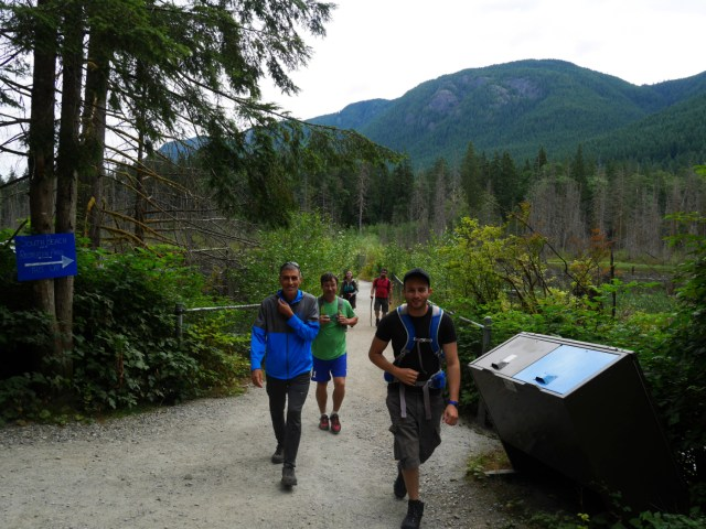 Getting started on the Diez Vistas hike