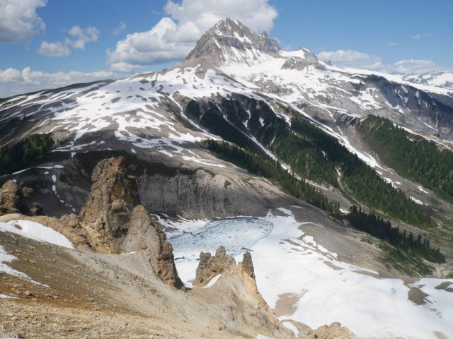 The stunning view of Atwell Peak with Garibaldi behind it