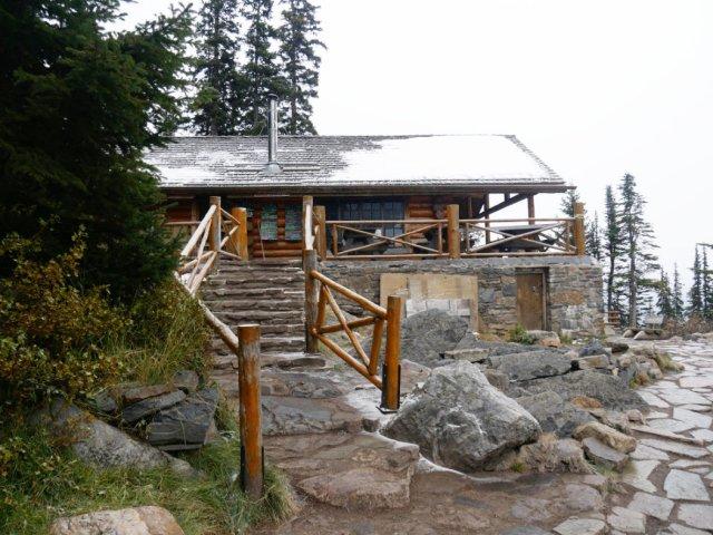 lake agnes tea house open - 640×480