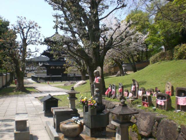Kofukuji near the Jizo statues