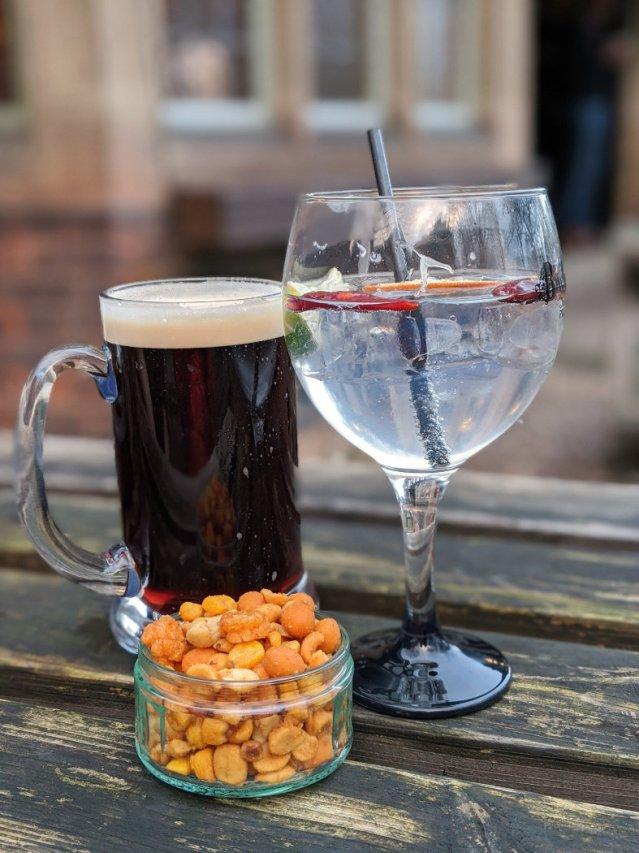 Four Bells Inn -drink time